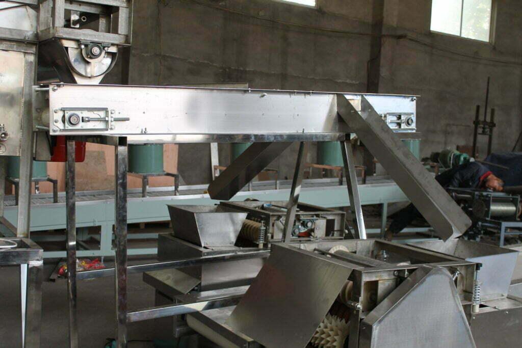 conveyor belt distribution